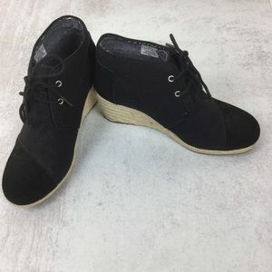Toms wedge bootie canvas and suede woven wedge 8